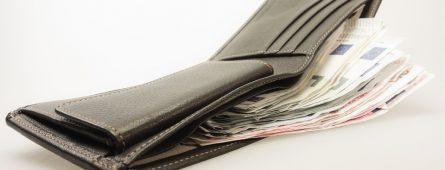 Nenapravitelní Češi si půjčují stále více