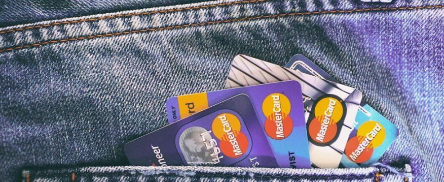 Jedna velká půjčka nebo několik menších?