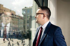 Obnovitelné zdroje i nákup nemovitostí lehce zvládá Rusňákova DRFG